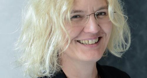Dr. Angela Rischer