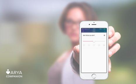 """Die App """"ARYA"""" soll während der Therapie Hilfestellung leisten."""