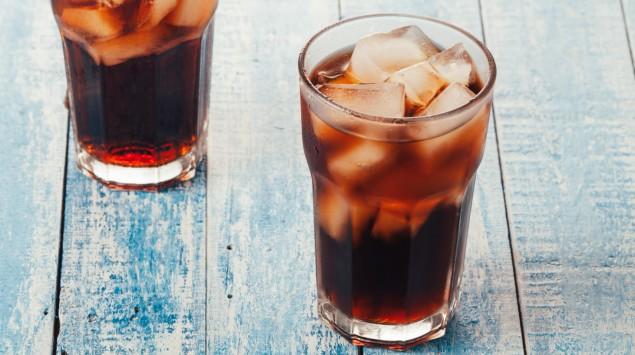 Zwei Gläser Cola