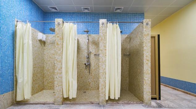 öffentliche Duschkabinen.