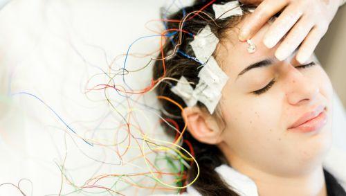 EEG bei junger Frau