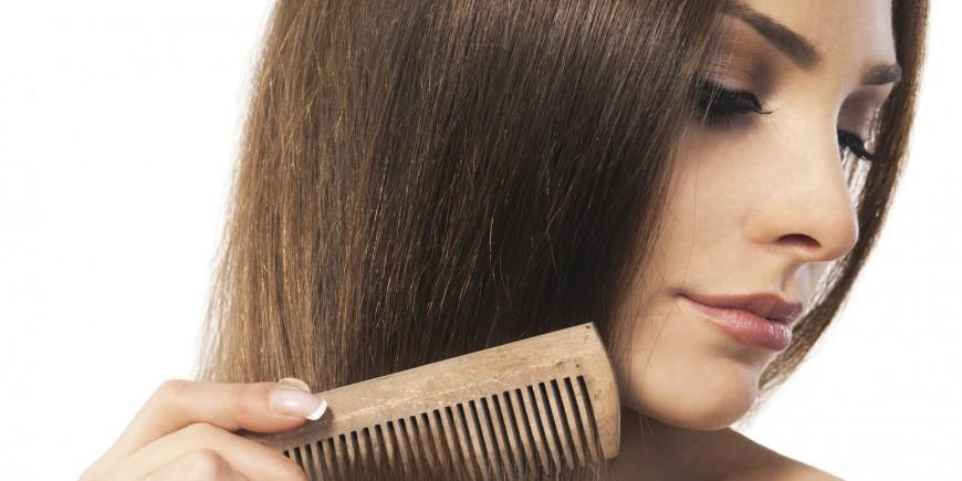 El medio complejo de la caída de los cabello