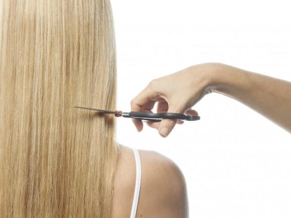 Las vitaminas para los cabellos sanos y las uñas el precio