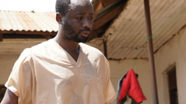 hombre abatido en la lucha contra el ébola