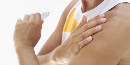 Vómitos dolor de cabeza dolor en el brazo