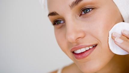 soins peau, visage femme