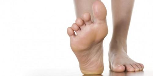 fourmillement sous le pied droit