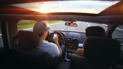 au volant, voiture, trajet voiture, voyage