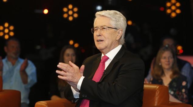 Das Bild zeigt Frank Elstner 2017 in einer NDR Talkshow.