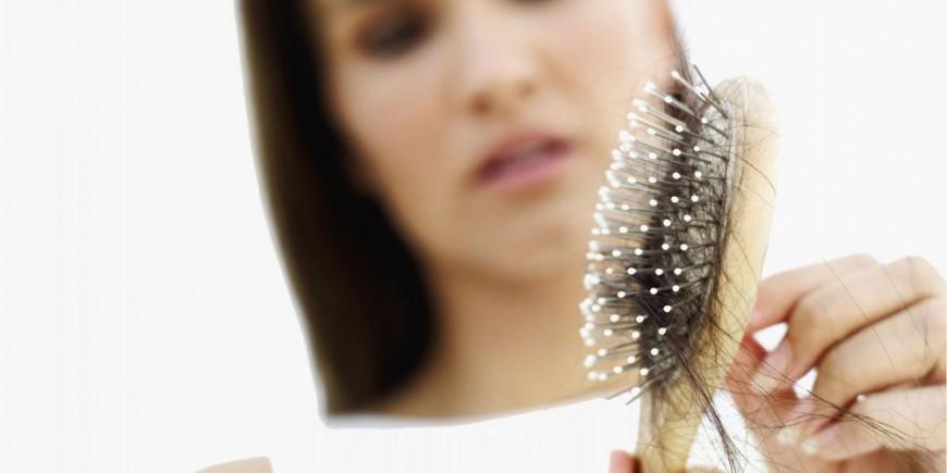 Die Maske mit dem Tee vom Haarausfall