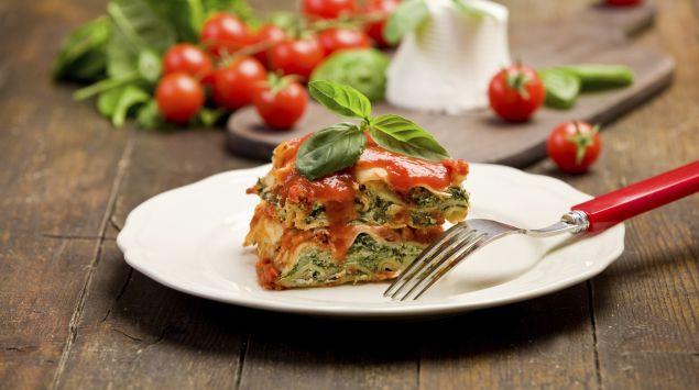Das Bild zeigt eine vegetarische Lasagne.