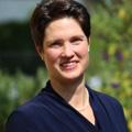 Dr. med. Maya Niethard