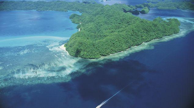 Das Bild zeigt eine Insel im Pazifik.