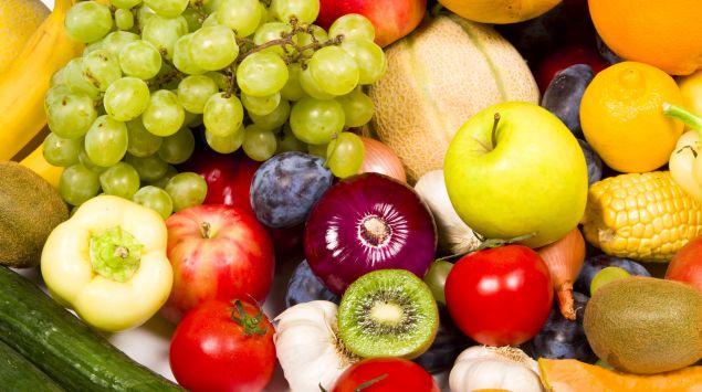 Das Bild zeigt Obst und Gemüse.
