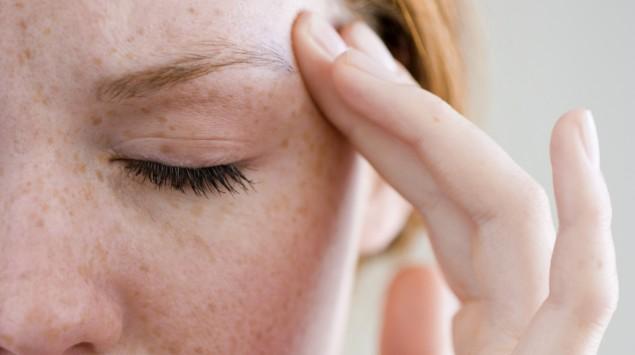 Kopfschmerzen durch Schlafmangel
