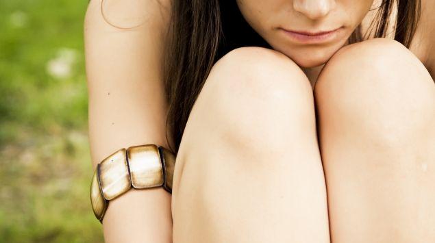 Das Bild zeigt eine junge Frau.