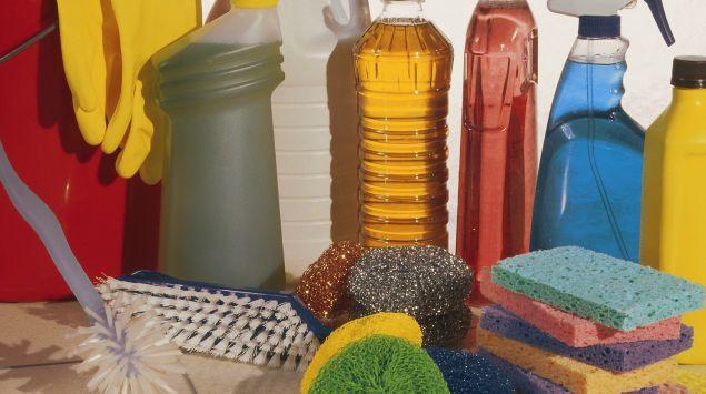 Das Bild zeigt Reinigungsmittel.